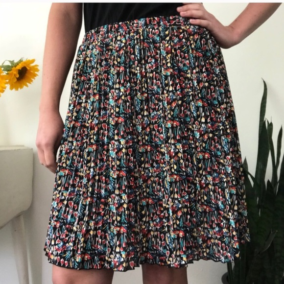 21ac0ec660 Anthropologie Dresses & Skirts - Anthropologie Tabitha Tulip Skirt